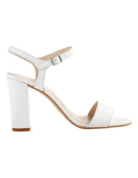 MADELEINE  Sandaaltjes Dames wit