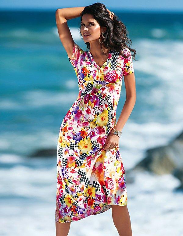 low priced 84750 abcde Elegante Kleider für stilvolle Auftritte bestellen ...
