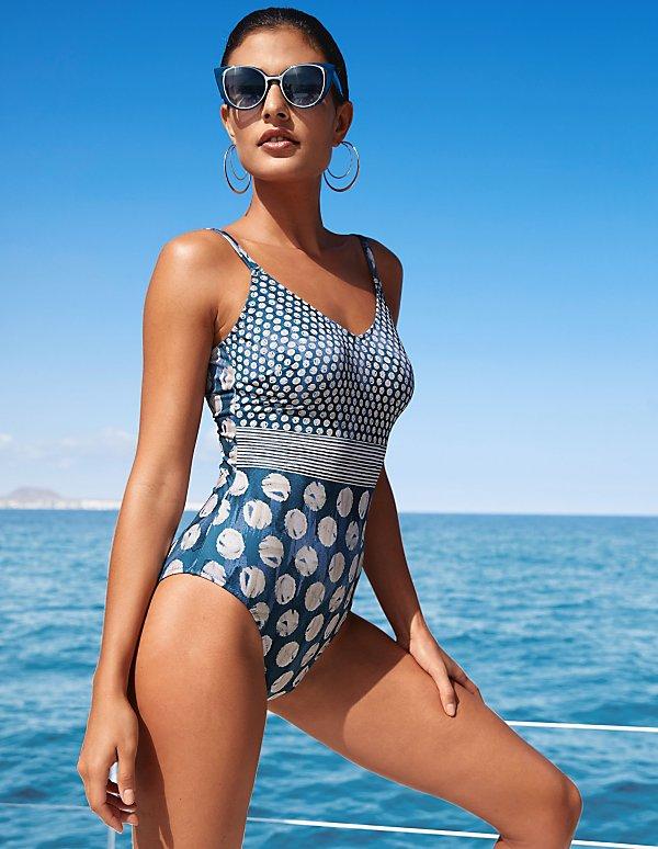 timeless design 2303b 2aa81 Damen-Badeanzug bequem online bestellen | MADELEINE Mode
