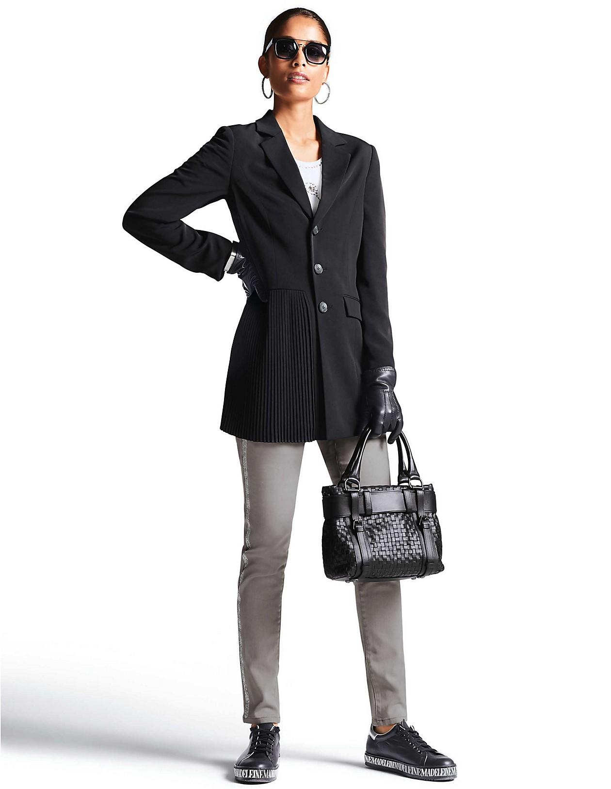 Blazer mit Plissee, schwarz, schwarz | MADELEINE Mode Österreich